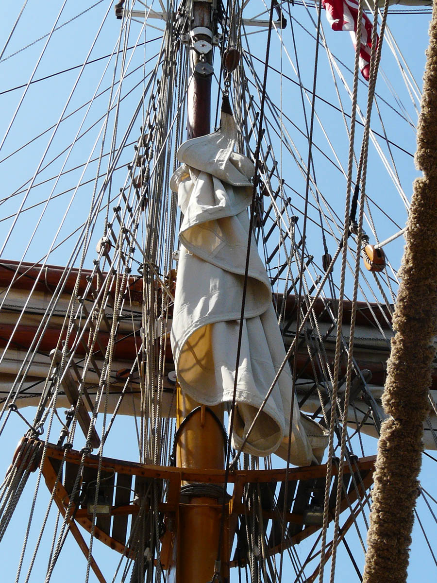 tall ship crows nest